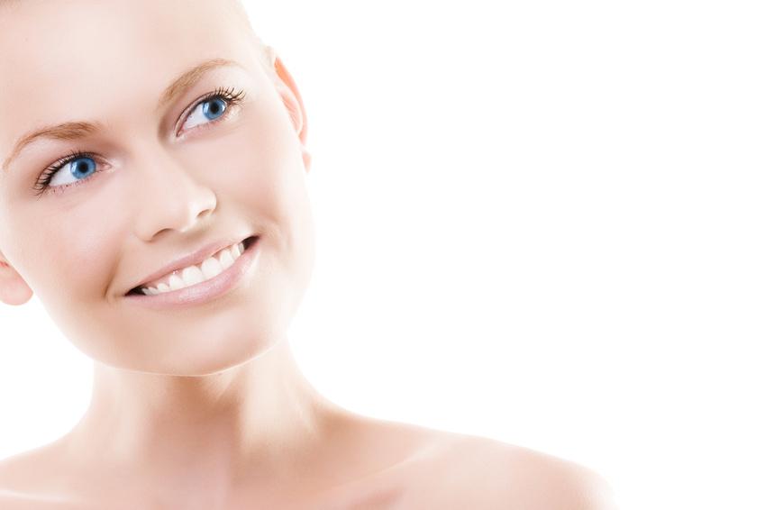 Implant mammaire à Marseille par voie axillaire